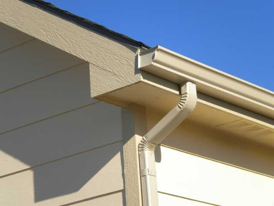Seamless Rain Gutter and Spout