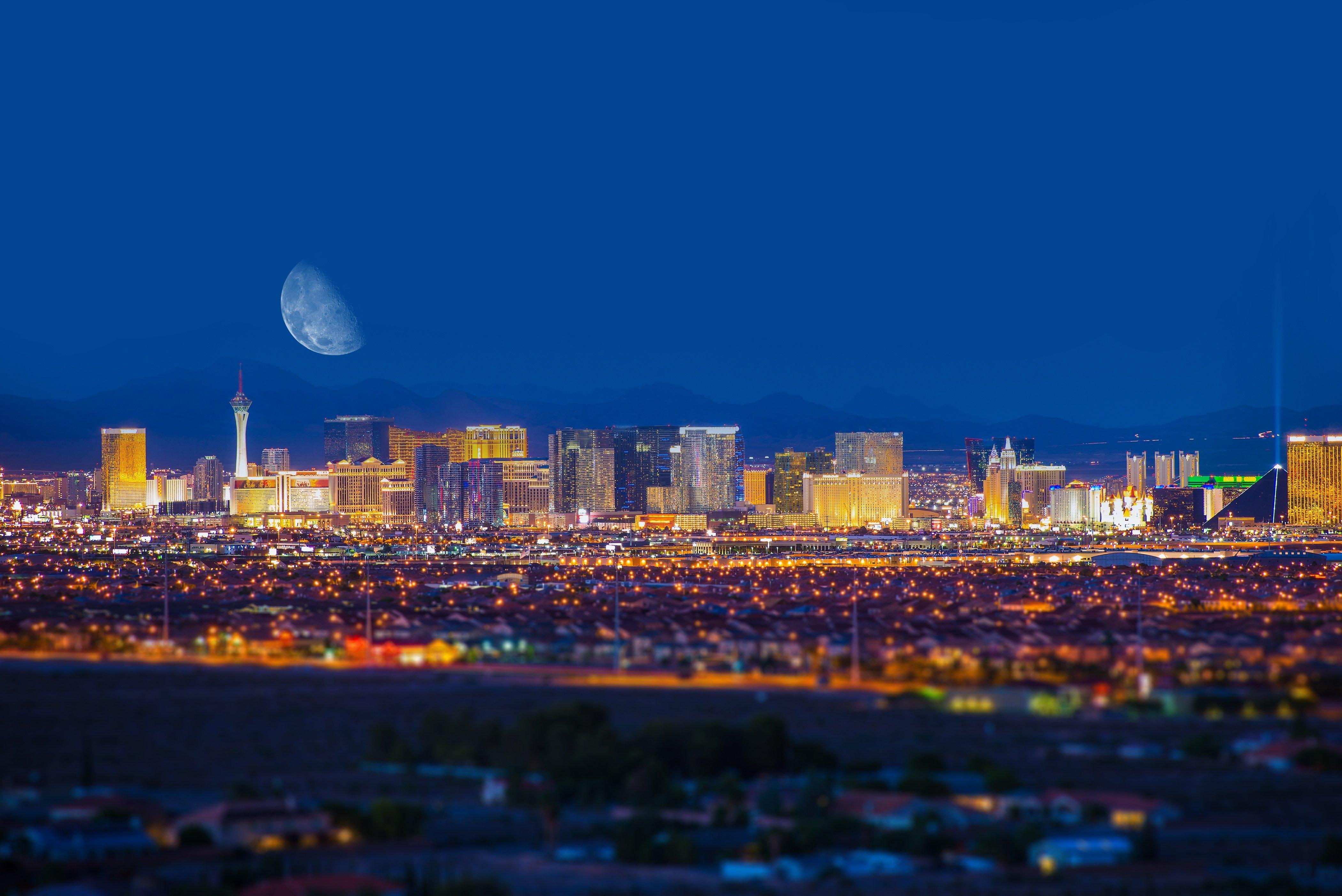 Las Vegas Skyline Night.jpg